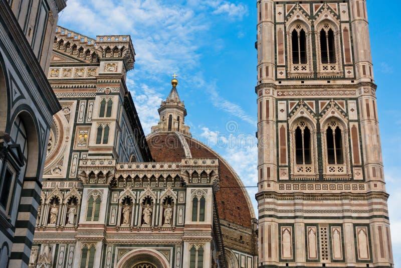 Εξωτερικές λεπτομέρειες του πύργου κουδουνιών και του καθεδρικού ναού της Σάντα Μαρία del Fiore στη Φλωρεντία, Τοσκάνη στοκ εικόνες με δικαίωμα ελεύθερης χρήσης