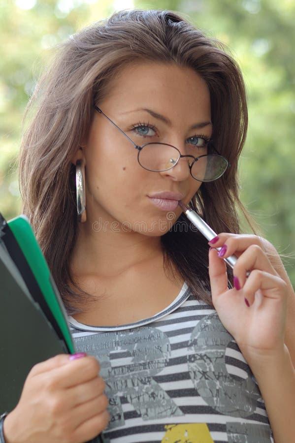 εξωτερική όμορφη γυναίκα στοκ φωτογραφίες με δικαίωμα ελεύθερης χρήσης