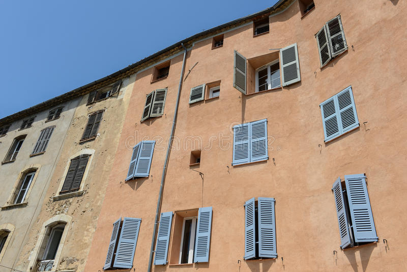 Εξωτερικό των γαλλικών σπιτιών στοκ φωτογραφία με δικαίωμα ελεύθερης χρήσης