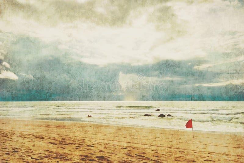 Εξωτική τροπική παραλία στο αναδρομικό ύφος στοκ φωτογραφία