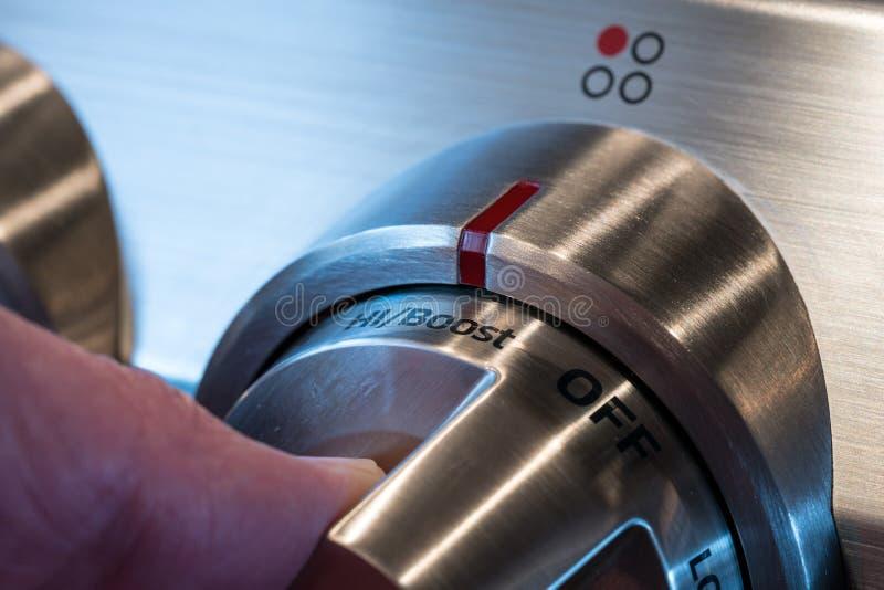 Εξόγκωμα ελέγχου ανοξείδωτου στην κουζίνα στοκ φωτογραφία με δικαίωμα ελεύθερης χρήσης