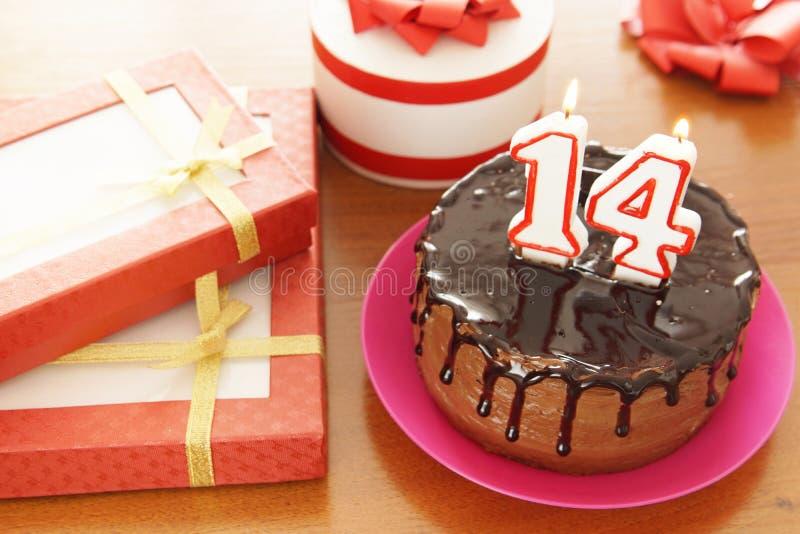 Εορτασμός γενεθλίων σε δεκατέσσερα έτη στοκ φωτογραφίες με δικαίωμα ελεύθερης χρήσης