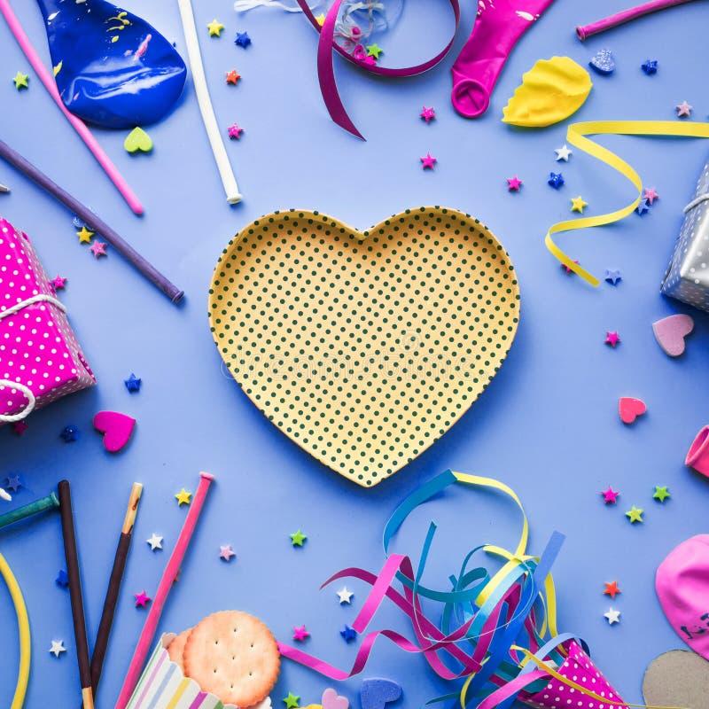 2019 εορτασμός, ιδέες εννοιών υποβάθρων κομμάτων με το ζωηρόχρωμο στοιχείο καρδιών, στοκ φωτογραφία με δικαίωμα ελεύθερης χρήσης