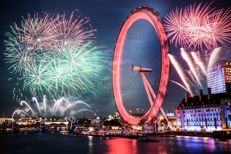 εορτασμός του νέου έτους στο Λονδίνο, UK στοκ εικόνες