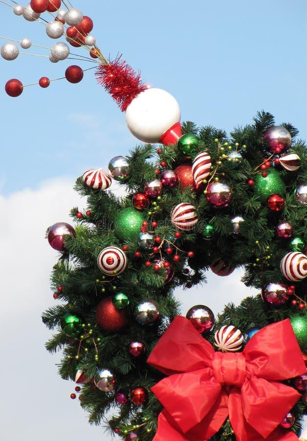 εορταστικό στεφάνι Χριστ&o στοκ εικόνες με δικαίωμα ελεύθερης χρήσης