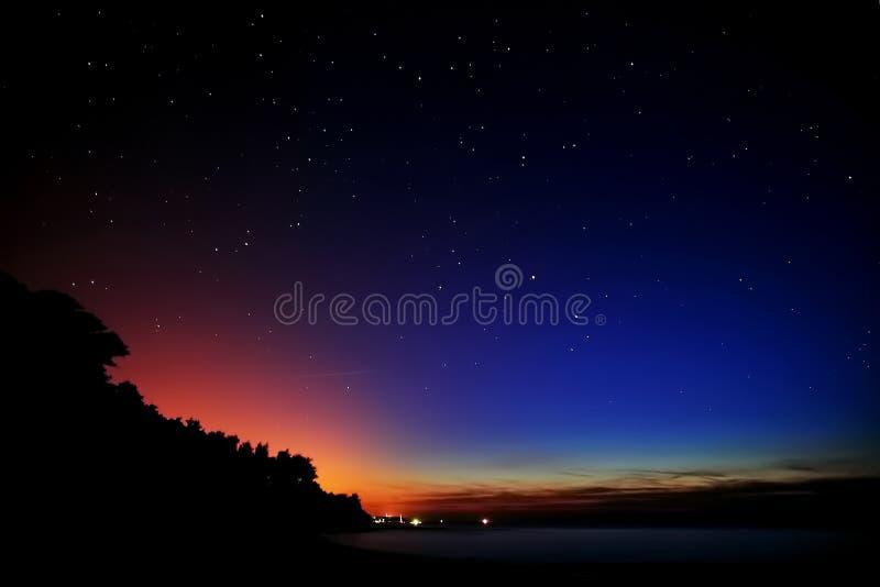 επάνω από τα αστέρια ύπνου θά&la στοκ εικόνες
