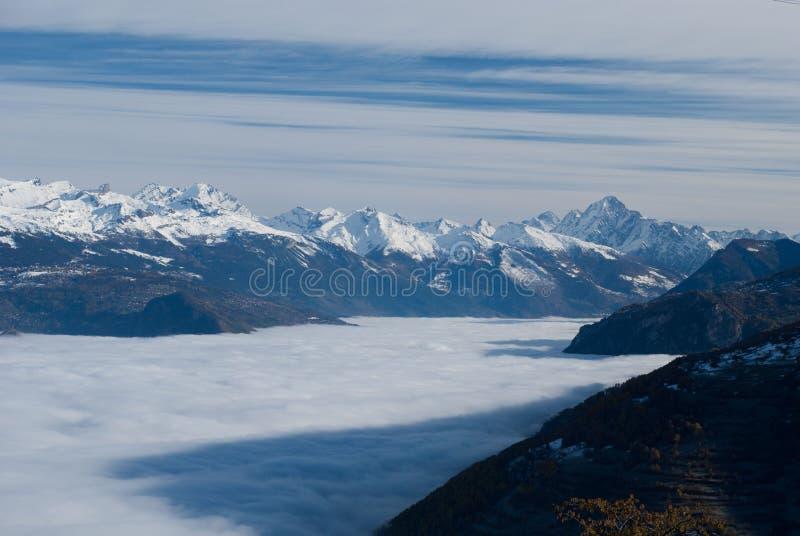 Επάνω από τα σύννεφα στοκ φωτογραφίες με δικαίωμα ελεύθερης χρήσης