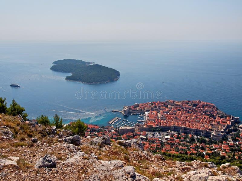 Download επάνω από την πόλη Dubrovnik Στοκ Εικόνες - εικόνα από ενισχυμένος, ακτή: 17051202