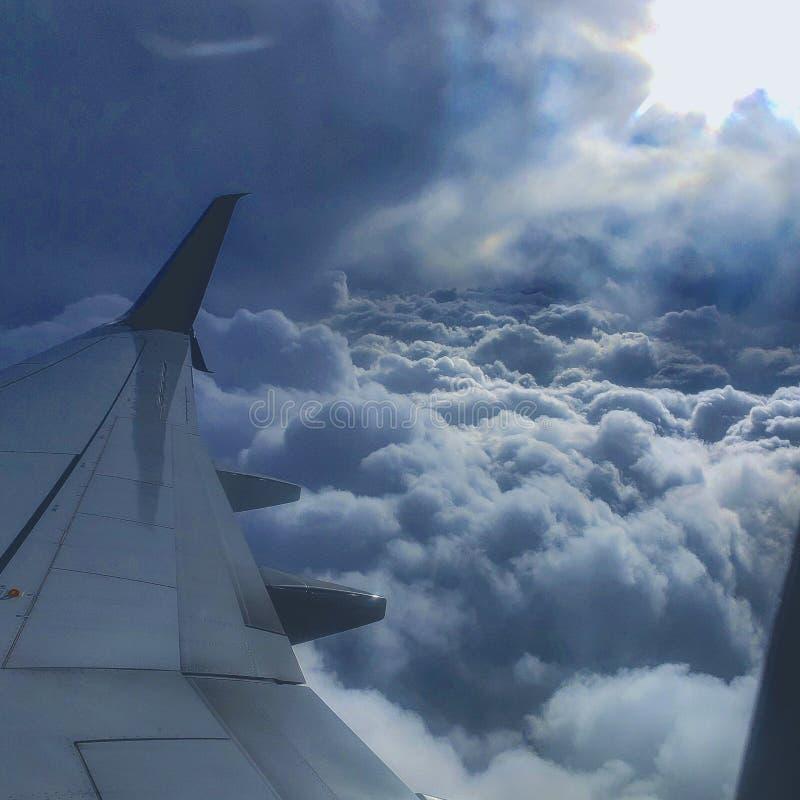 Επάνω στα σύννεφα στοκ εικόνες με δικαίωμα ελεύθερης χρήσης
