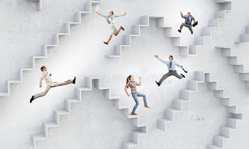 Επάνω στη σκάλα σταδιοδρομίας στοκ εικόνα με δικαίωμα ελεύθερης χρήσης