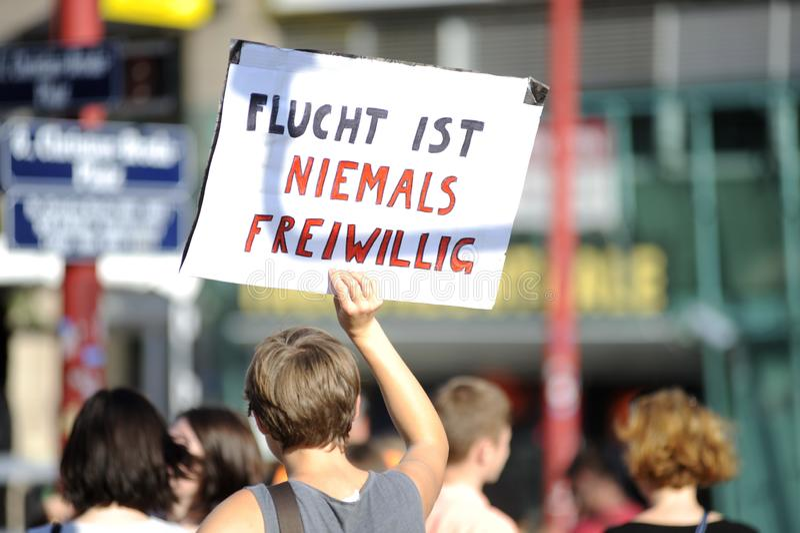 Επίδειξη για τους πρόσφυγες στη Βιέννη στοκ φωτογραφία με δικαίωμα ελεύθερης χρήσης