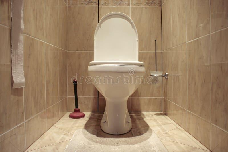 επίπεδη τουαλέτα στοκ εικόνες