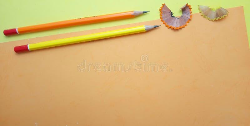 Επίπεδος βάλτε, κίτρινο πορτοκαλί κενό πρότυπο φωτογραφιών για το σχέδιο στοιχείων υποβάθρου για το μήνυμα, απόσπασμα, τοποθέτηση στοκ φωτογραφία με δικαίωμα ελεύθερης χρήσης
