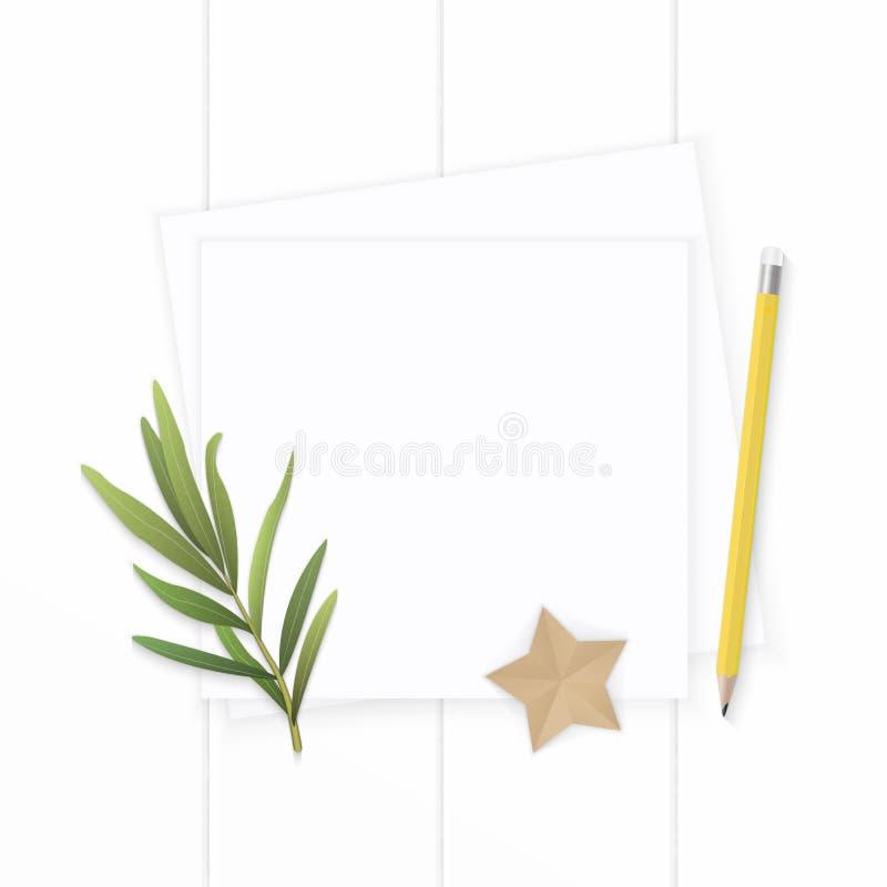 Επίπεδος βάλτε το κομψές άσπρες φύλλο τραχουριού μολυβιών ετικεττών εγγράφου σύνθεσης τοπ άποψης κίτρινες και την τέχνη μορφής ασ στοκ εικόνες