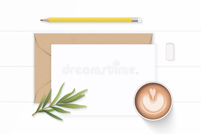 Επίπεδος βάλτε το κομψούς άσπρους φύλλο και τον καφέ τραχουριού γομών μολυβιών φακέλων εγγράφου του Κραφτ επιστολών σύνθεσης τοπ  απεικόνιση αποθεμάτων