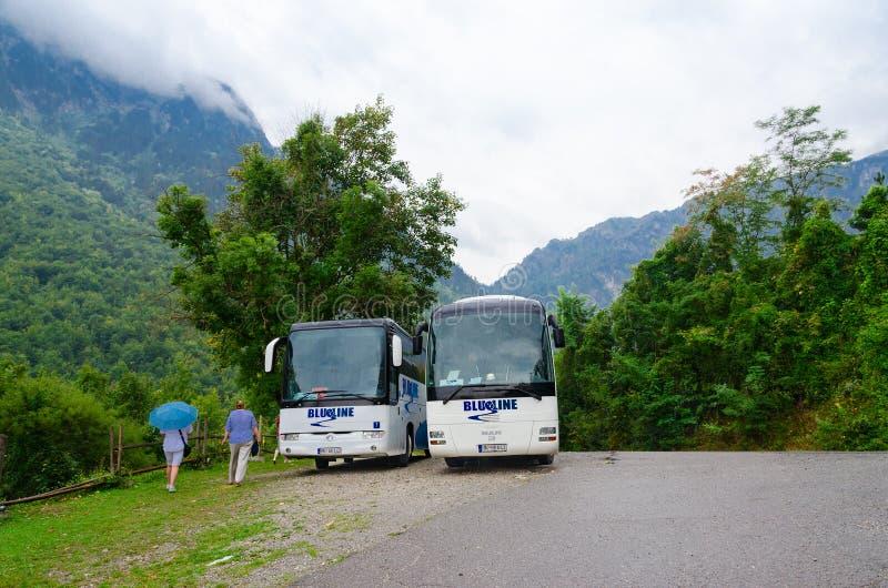 Επίσκεψη των λεωφορείων στη ορεινή περιοχή, Kolasin, Μαυροβούνιο στοκ φωτογραφία με δικαίωμα ελεύθερης χρήσης