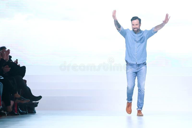 Επίδειξη μόδας Bipa: Ο Robert χωρίζει, Ζάγκρεμπ, Κροατία στοκ φωτογραφία με δικαίωμα ελεύθερης χρήσης