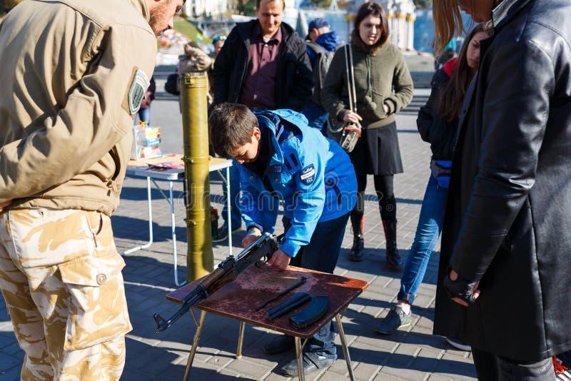Επίδειξη των ρωσικών όπλων σε Kiyv στοκ εικόνα με δικαίωμα ελεύθερης χρήσης
