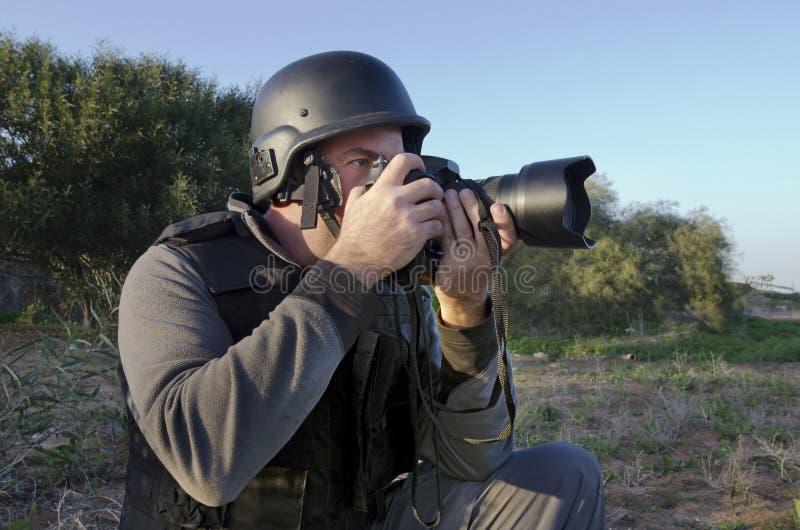 Download επαγγελματίας Photojournalist Στοκ Εικόνα - εικόνα από εκδοτικός, λαβή: 22781407