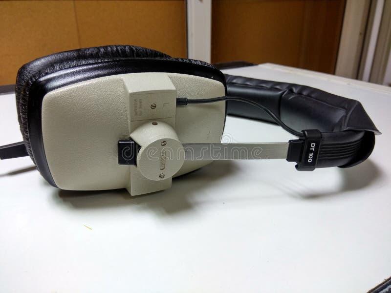 Επαγγελματικά ακουστικά στοκ εικόνες