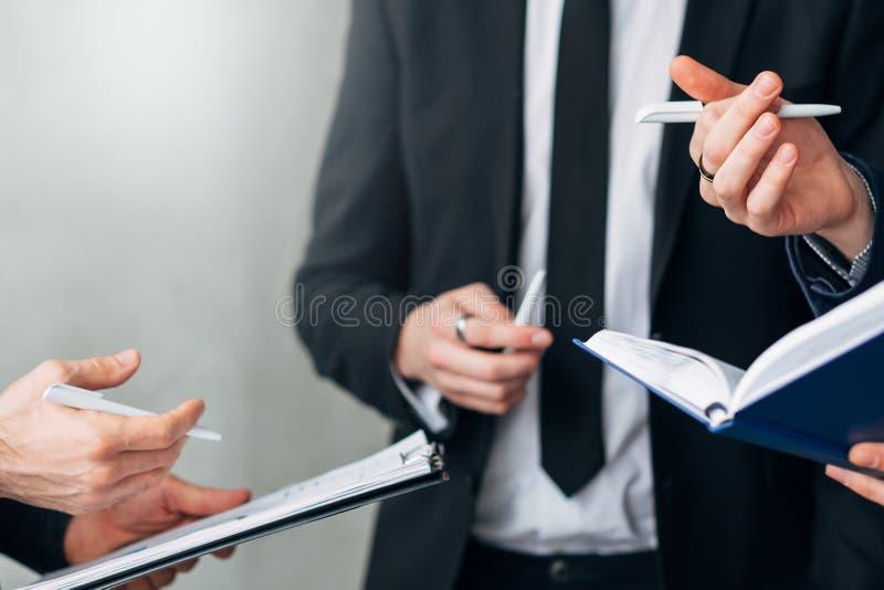 Επαγγελματική αποτελεσματική στρατηγική επικοινωνίας στοκ εικόνες με δικαίωμα ελεύθερης χρήσης