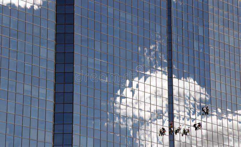Επαγγελματικοί παράθυρο-καθαριστές στοκ εικόνα με δικαίωμα ελεύθερης χρήσης