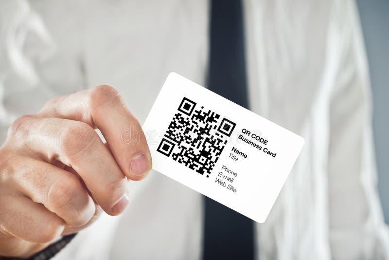Επαγγελματική κάρτα κώδικα εκμετάλλευσης QR επιχειρηματιών στοκ εικόνες με δικαίωμα ελεύθερης χρήσης