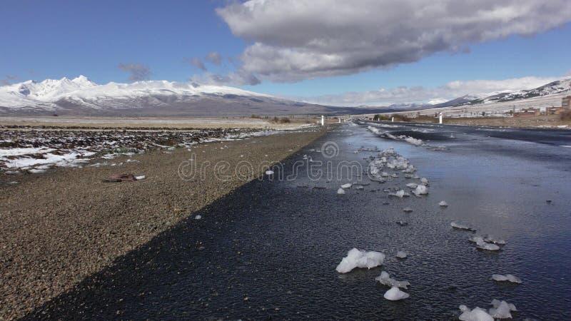 _ Επαρχία Aragatsotn roadscape με το βουνό Aragats στοκ εικόνα