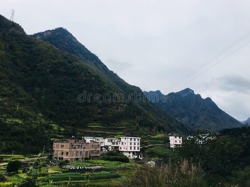 Επαρχία Yunnan, πόλη Zhaotong, νομός Yiliang, δήμος liuxi, chafang χωριό, tangbashe περιοχή τουριστών στοκ εικόνα με δικαίωμα ελεύθερης χρήσης