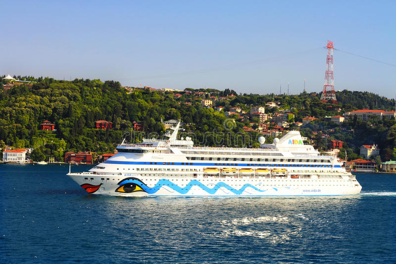 Επιβατηγό πλοίο πολυτέλειας στοκ εικόνες