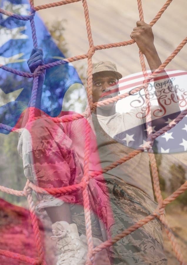 επικάλυψη στρατιωτών με την αμερικανικά σημαία και 4 Ιουλίου διανυσματική απεικόνιση