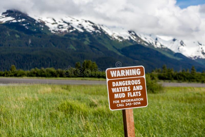 Επικίνδυνα νερά και επίπεδα λάσπης στοκ φωτογραφίες με δικαίωμα ελεύθερης χρήσης