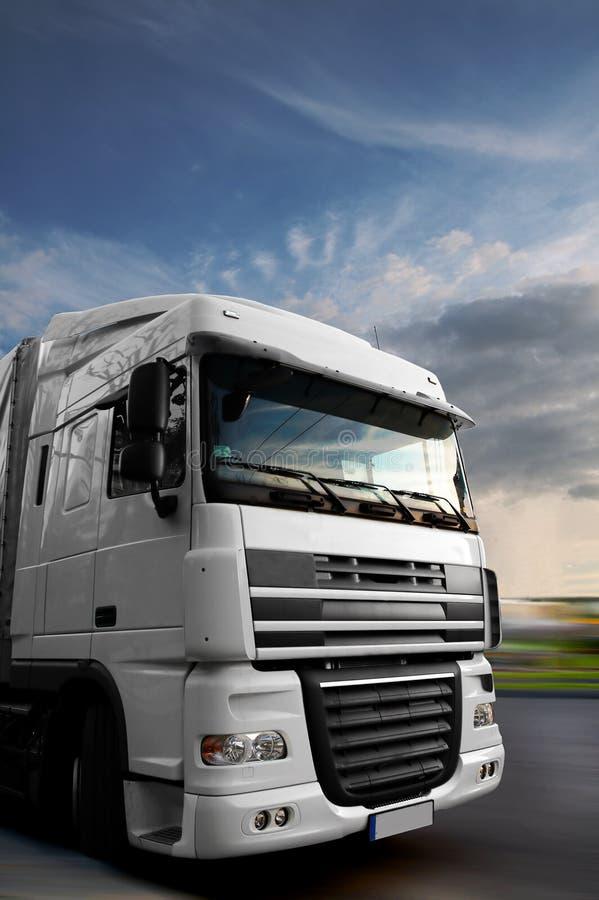 επικεφαλής υψηλό truck εκμετάλλευσης s στοκ φωτογραφίες