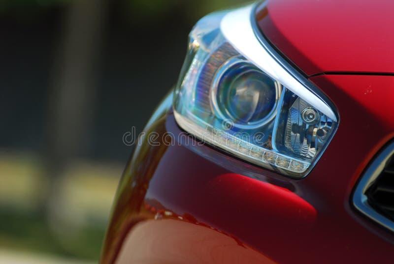 Επικεφαλής λαμπτήρας αυτοκινήτων στοκ φωτογραφία