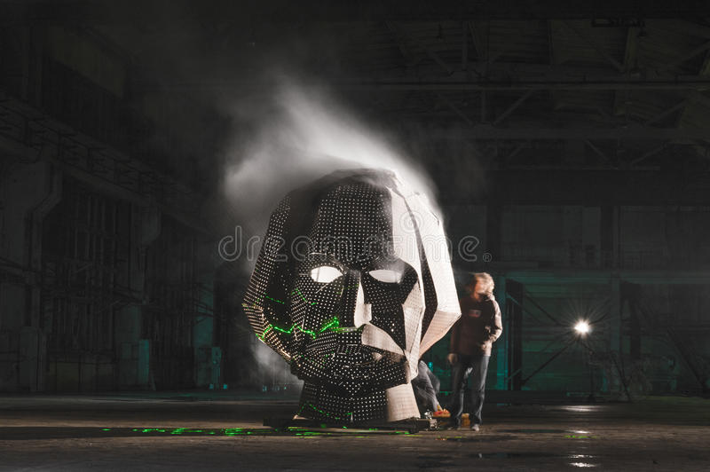 Επικεφαλής καπνίζοντας πρόσωπο τέχνης υπόστεγων φεστιβάλ gogol στοκ φωτογραφίες