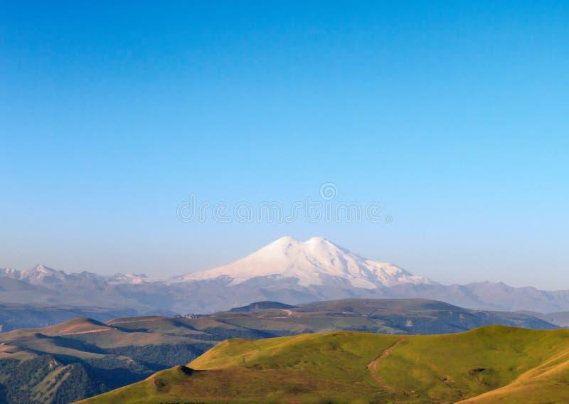 Επικολλήστε Elbrus, Ρωσία στοκ εικόνα