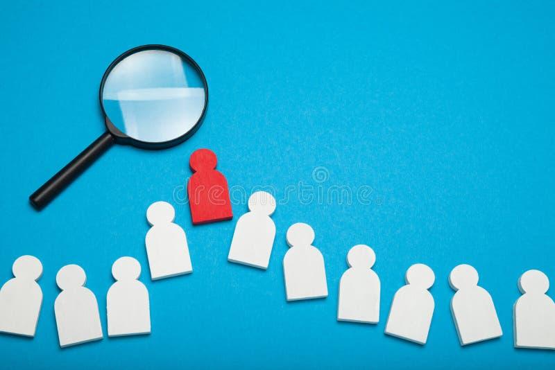 Επιλέξτε την έννοια ομάδας και ομάδων Η αναζήτηση και επιλέγει τον εταιρικό υποψήφιο Στόχος απασχόλησης στοκ εικόνες με δικαίωμα ελεύθερης χρήσης