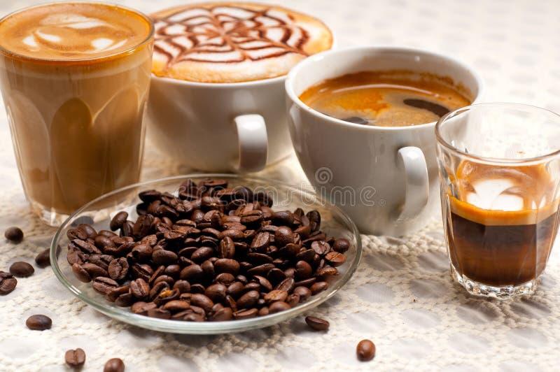 Επιλογή του διαφορετικού τύπου καφέ στοκ φωτογραφίες