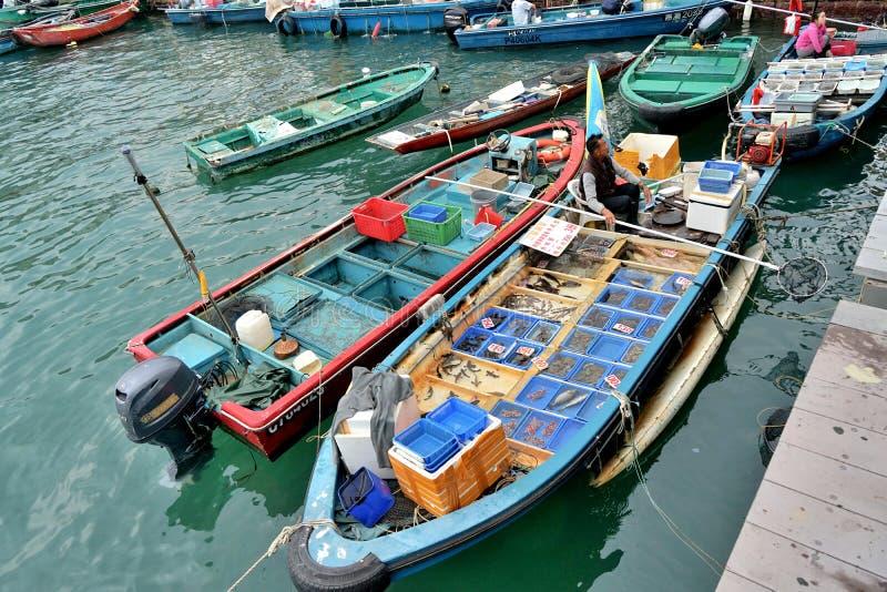 Επιπλέουσα δημόσια αποβάθρα MarketSai Kung θαλασσινών στοκ φωτογραφία με δικαίωμα ελεύθερης χρήσης