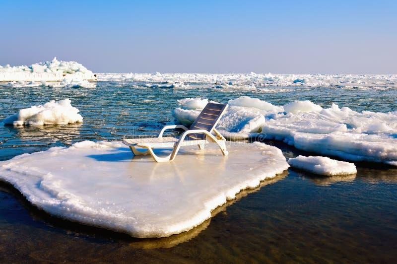 επιπλέων πάγος longue στοκ φωτογραφία με δικαίωμα ελεύθερης χρήσης
