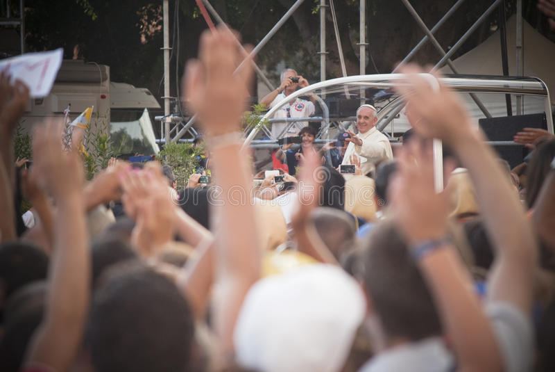 Επισκέψεις Κάλιαρι του Francis παπάδων στοκ εικόνες