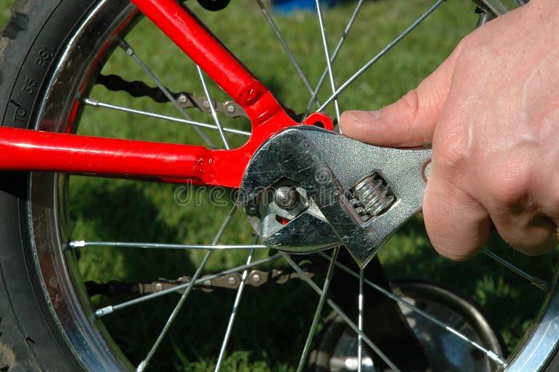 επισκευές ποδηλάτων στοκ φωτογραφίες με δικαίωμα ελεύθερης χρήσης