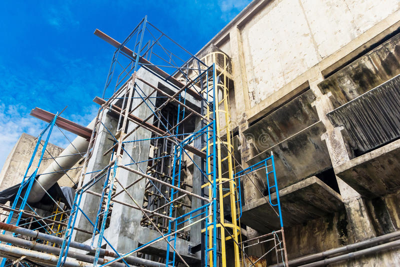 Επισκευή εργοστασίων εγκαταστάσεων στοκ φωτογραφία