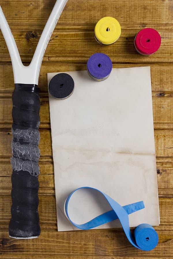 Επισκευή που τίθεται για τη ρακέτα αντισφαίρισης στοκ εικόνες