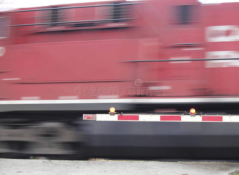 Επιταχυνόμενο τραίνο στοκ εικόνες