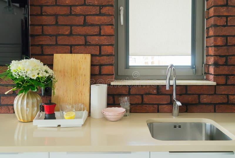 Επιτραπέζια κορυφή κουζινών στοκ φωτογραφία με δικαίωμα ελεύθερης χρήσης