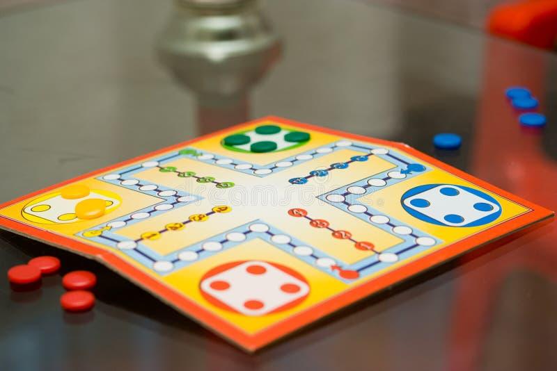 επιτραπέζιο παιχνίδι στοκ εικόνα με δικαίωμα ελεύθερης χρήσης