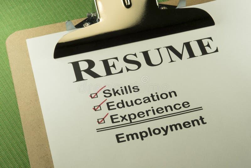 Επιτυχής έννοια απασχόλησης με τον πίνακα ελέγχου περιλήψεων στοκ φωτογραφία με δικαίωμα ελεύθερης χρήσης