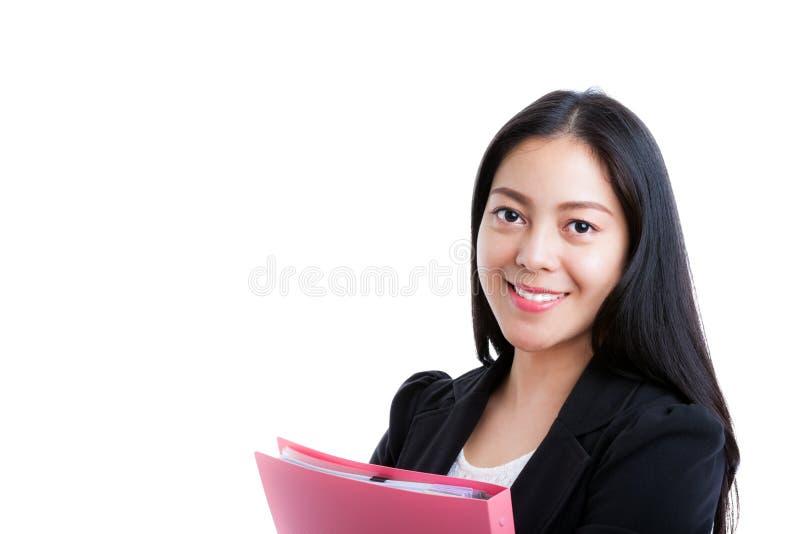 Επιτυχής επιχειρησιακή γυναίκα που φαίνεται βέβαια και που χαμογελά στοκ φωτογραφία με δικαίωμα ελεύθερης χρήσης
