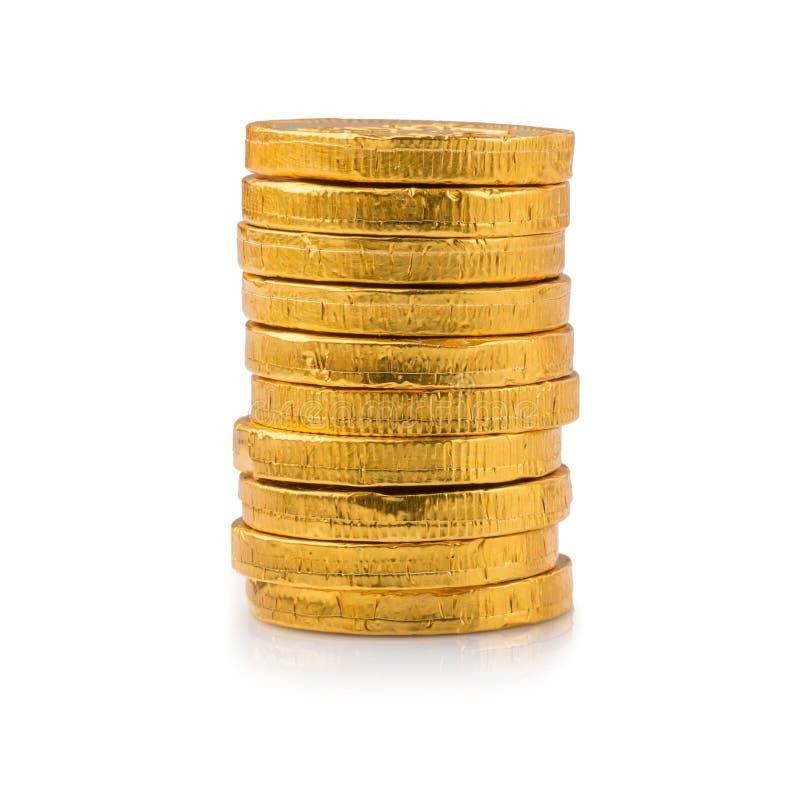 Επιτυχία έννοιας στην επιχείρηση, σωρός των χρυσών νομισμάτων που απομονώνονται σε ένα άσπρο υπόβαθρο στοκ φωτογραφία με δικαίωμα ελεύθερης χρήσης